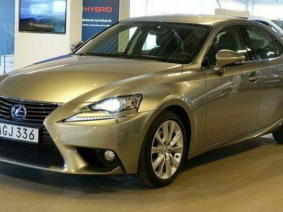 begagnad Lexus IS300h COMFORT SKINN NAVI V-HJUL