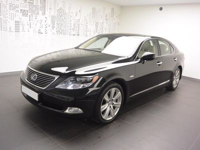 begagnad Lexus LS600h AWD Executive