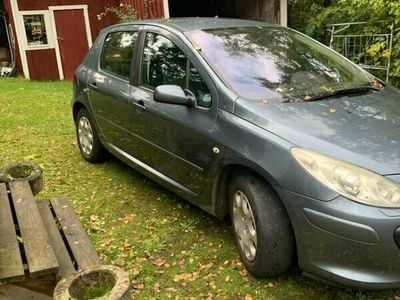 begagnad Peugeot 307 2,0 5D