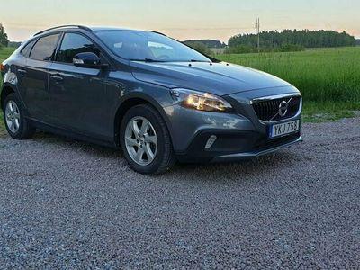 begagnad Volvo V40 CC