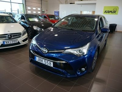 used Toyota Avensis -15