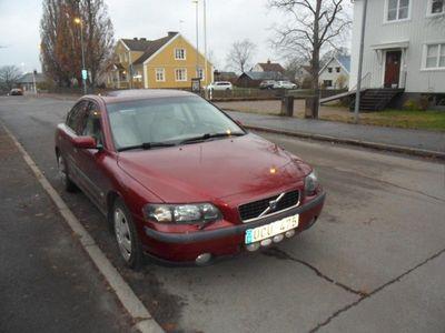 begagnad Volvo S60 2.5 T Ny besikt