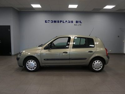 begagnad Renault Clio Halvkombi 1.2 Expression 75hk