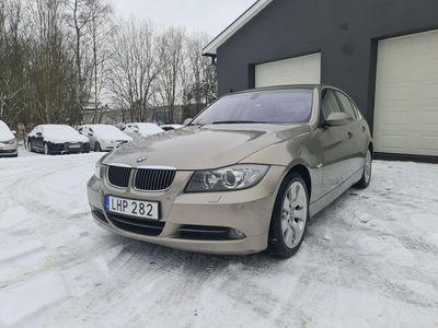 begagnad BMW 330 i Sedan Automat Comfort 258hk, Navi, Dragkrok