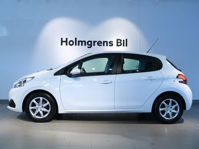 used Peugeot 208 Active Style PureTech 82 hk