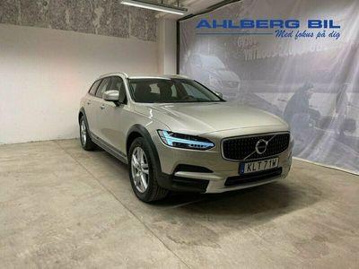 begagnad Volvo V90 CC D4 AWD SE, Garanti 24 Månader, On Call, Parkeringssensorer Fram/Bak, Trafikskylts Information, Driver Alert Control