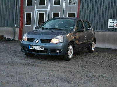 begagnad Renault Clio R.S. Storia 5-dörra Halvkombi 1.2 75hk LÅGMILAD