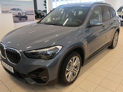 begagnad BMW X1 xDrive25e Model Sport Connected Parking Drag HiFi