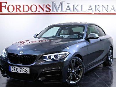 begagnad BMW M235 xDrive AUT M-SPORT 326HK 3-ÅRS GARANTI