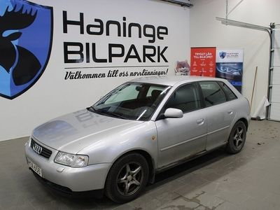 begagnad Audi A3 5-DR 1.6 RESERVDELSBIL 2000, Halvkombi 2 900 kr