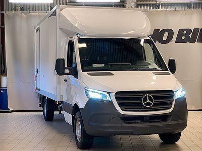 begagnad Mercedes Sprinter 316 Volymskåp med lyft 469,900:-