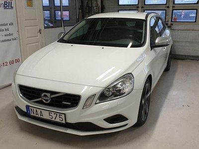 begagnad Volvo V60 D3 Momentum R-Design Aut Drag Bes