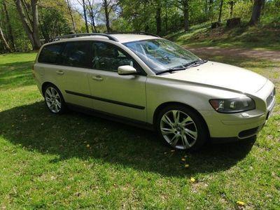 begagnad Volvo V50 bes/skatt