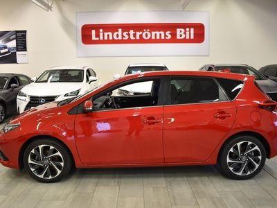 brugt Toyota Auris 1.2 Turbo Executive Keyless Bluetooth Euro 6 Lågmil Vinterhjul 7 år garanti