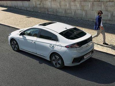 begagnad Hyundai Ioniq Hybrid 1.6 141hk Automat