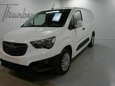 begagnad Opel Combo L2 D100hk Business/Drag/D-värmare fjärr