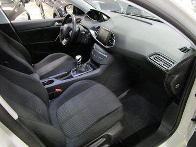 begagnad Peugeot 308 SW Active Sky Edition e-HDi