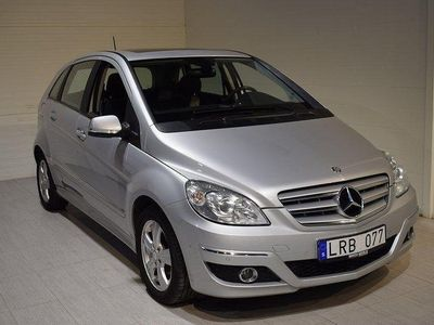 begagnad Mercedes B180 (Panorama, delläder, ACC)