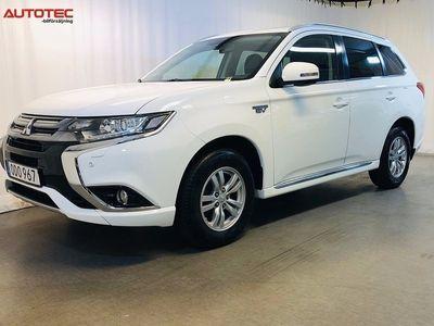 begagnad Mitsubishi Outlander P-HEV 2.0 Hybrid 4WD 203hk