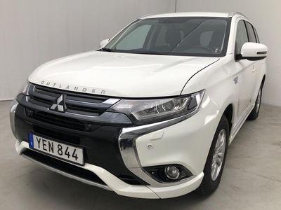 begagnad Mitsubishi Outlander P-HEV 2.0 Plug-in Hybrid 4WD (121hk)