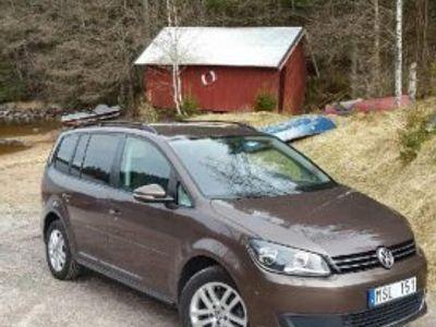 begagnad VW Touran - Nyservad -12