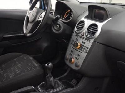begagnad Opel Corsa 1,3 CDTi ecoFlex 95hk -11