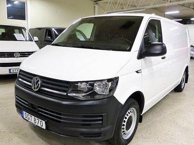 begagnad VW Transporter T6 Skåp 2.0 TDI DSG Komfort Serviceinredning 2017, Transportbil 268 500 kr