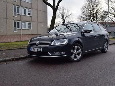 begagnad VW Passat VARIANT 2.0 TDI BlueMotion DSG Sekventiell Premium, Spor
