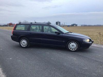 begagnad Volvo V70 2.5T Business NY-BES15000kr