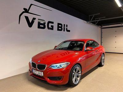 begagnad BMW 220 i Coupé Euro6 184hk Lågmil