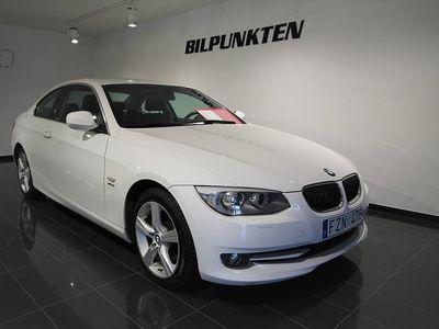begagnad BMW 325 i xDrive Coupé I XDRIVE/Coupé/Svensksåld/SportS