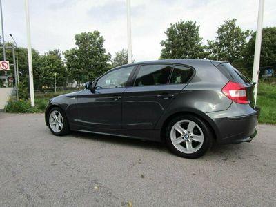 begagnad BMW 118 i Advantage välvårdad