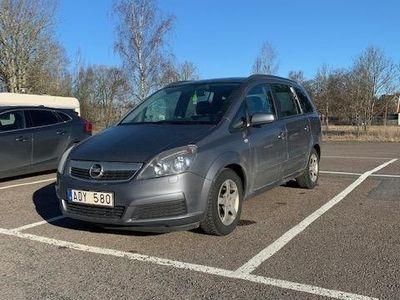 begagnad Opel Zafira 1.8 ENJOY lågt mil