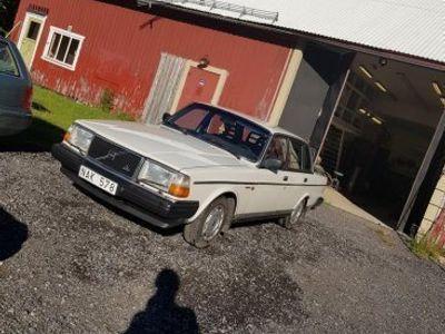 begagnad Volvo 240 insprutare -88