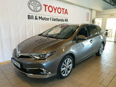 begagnad Toyota Auris Touring Sports Hybrid 1,8 HSD Executive
