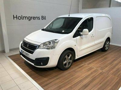 begagnad Peugeot Partner Skåpbil 1.6 BlueHDi Manuell 75hk Nybytt Kamrem