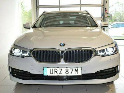 begagnad BMW 520 d Sport Värmare Aktiv Fartpilot Drag 2020, Kombi Pris 389 000 kr