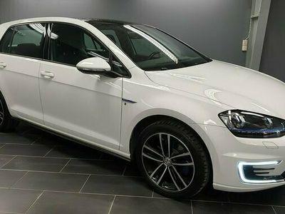 begagnad VW Golf GTE DSG Laddhybrid Panorama 2017, Halvkombi Pris 207 500 kr
