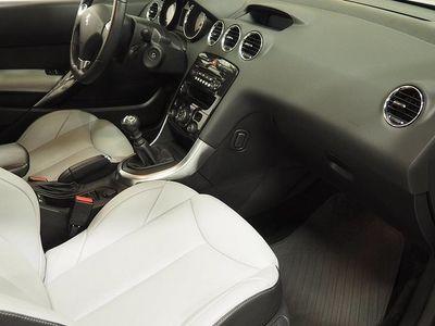 begagnad Peugeot 308 CC 1,6 Turbo Roland Garros (hardt -12