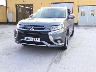 begagnad Mitsubishi Outlander P-HEV 2.0 4WD