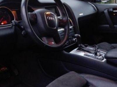 gebraucht Audi Q7 S Line -08