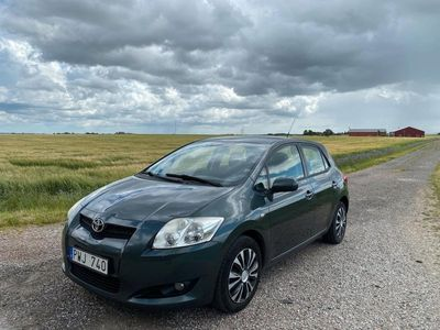 begagnad Toyota Auris 5-dörrar 1.6 Dual VVT-i 124hk Lågmilare