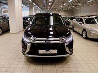 begagnad Mitsubishi Outlander 2.2Di-D AWD 7-SITS AUTO 1ÄGARE EU6