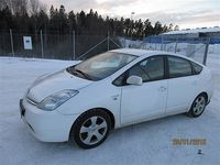 begagnad Toyota Prius 1,5 HSD Business -07