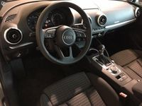 begagnad Audi A3 Sedan 35 TFSI 150 hk S tronic Proline Sport