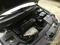 begagnad Toyota Avensis 2.0