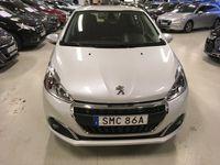 begagnad Peugeot 208 Allure 1.2 PureTech 82hk Manuell