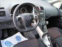 begagnad Toyota Auris 5-d 1.6 CVT/Automat 132hk