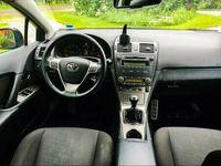 begagnad Toyota Avensis Diesel 6-växlad 2,0
