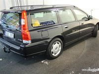 begagnad Volvo V70 2.4 170 Classic Momentum Kombi 2008